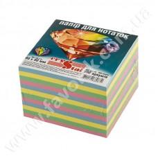 Папір для нотаток 90*90мм 900арк ВЕСЕЛКА кольоровий не клеєний CRYSTAL